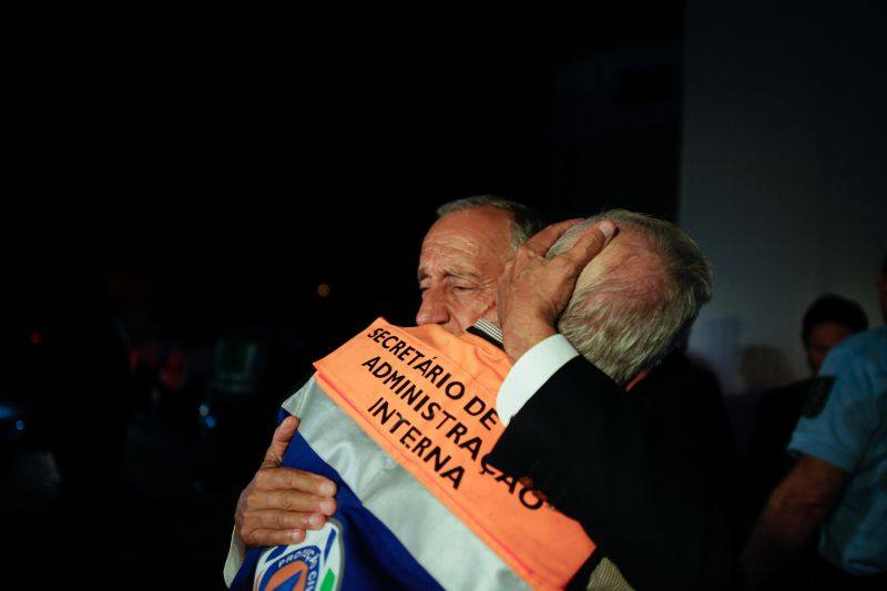 marcelo_abraça